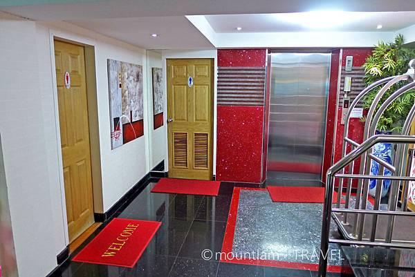 清邁紅燕酒店Roseate Hotel Chiangmai 電梯大堂