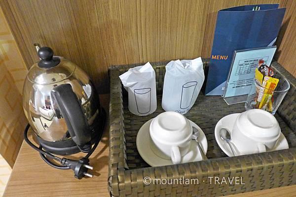 清邁古城住宿: 紅燕酒店Roseate Hotel Chiangmai提供咖啡