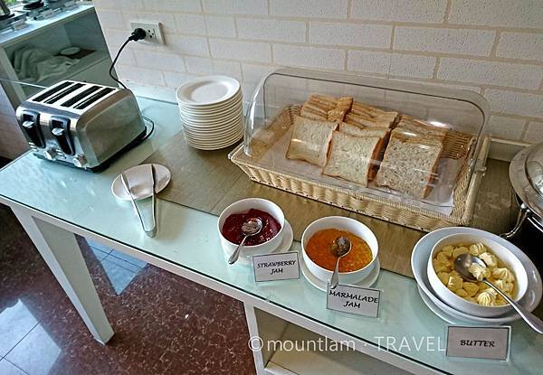 清邁紅燕酒店Roseate Hotel Chiang mai的早餐