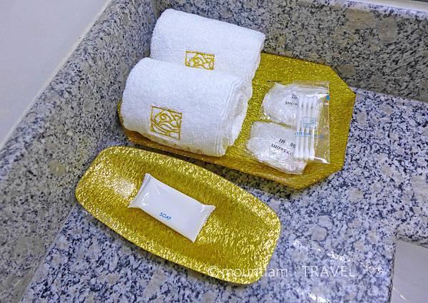清邁古城平價住宿: 紅燕酒店Roseate Hotel Chiangmai浴室