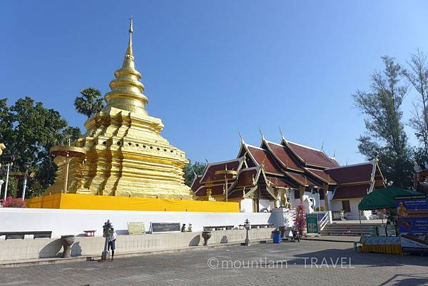清邁一日遊 Wat Phra That Si Chom Thong寺