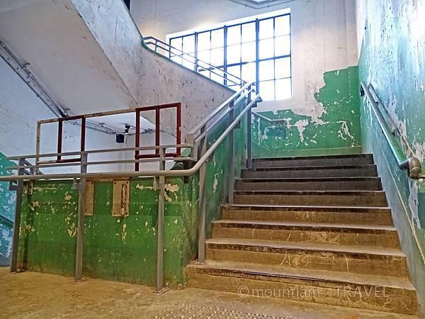 香港文青景點:荃灣影相之南豐紗廠廠房樓梯