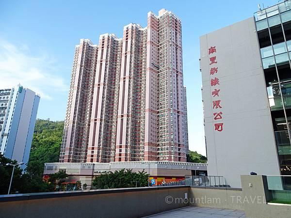 香港文青景點:南豐紗廠公園影相位3樓公園