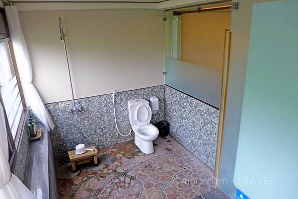 沐春溫泉湯宿浴室