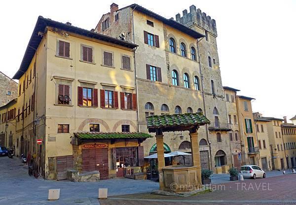 arezzo遊記之景點piazza grande 2