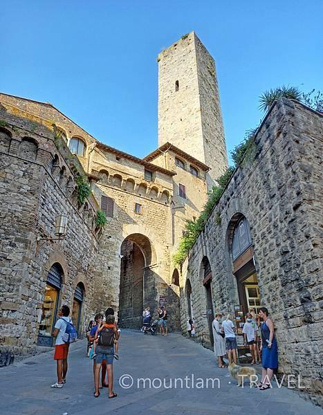 tuscany古城小鎮san gimignano自由行遊記2