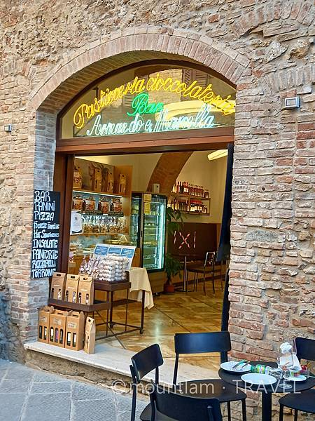 tuscany古城小鎮san gimignano自由行遊記餐廳推薦