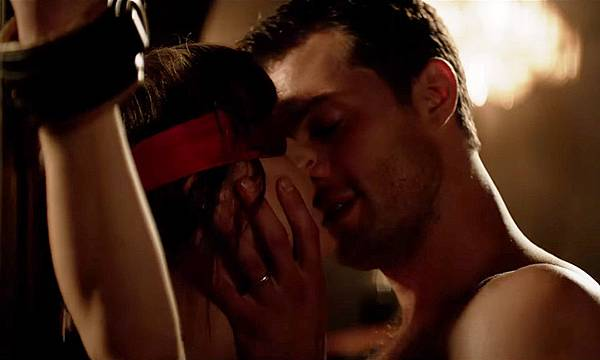 fifty-shades-freed-official-trailer-000.jpg