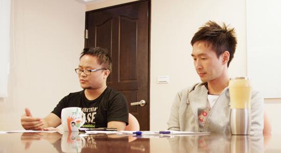 2.導演與組長對談.jpg