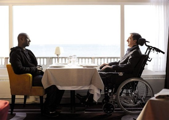 movie-Intouchables-by-olivier-nakache-and-eric-toledano-s1-mask9