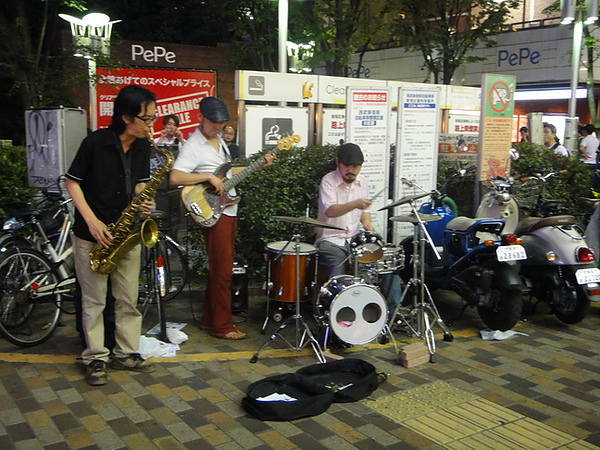 新宿街頭藝人