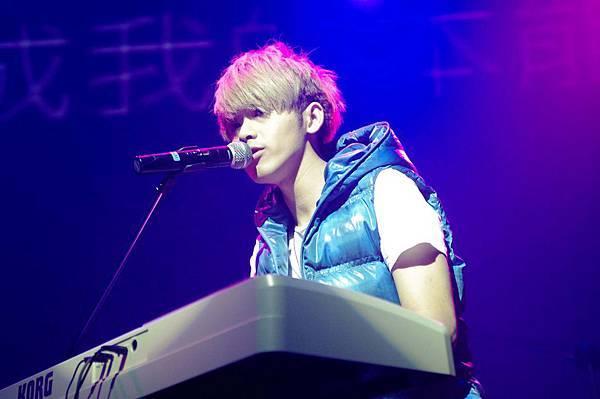 DJ鼓鼓鋼琴solo.JPG