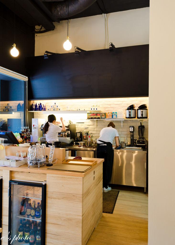 【台中咖啡】All Lovely Food C'afe 咖啡 早午餐 餐酒館