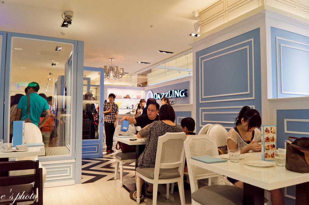 【美食】台中咖啡 dazzling cafe 特色:貴婦 蜜糖吐司