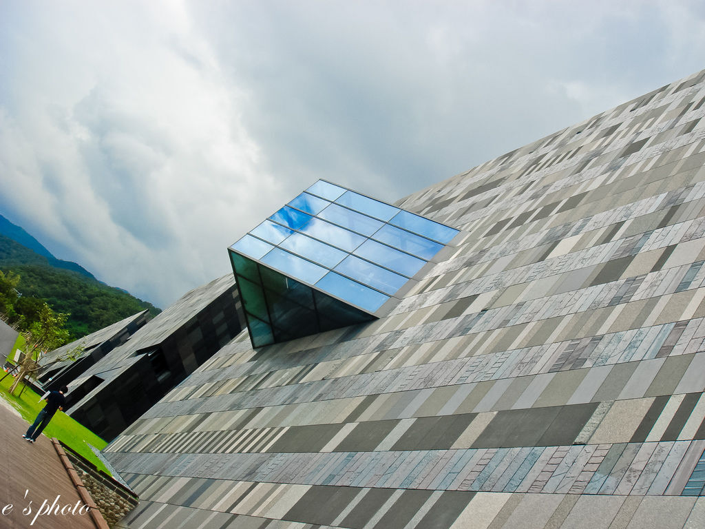 【旅遊景點】宜蘭 半日遊 伯朗咖啡館 蘭陽博物館