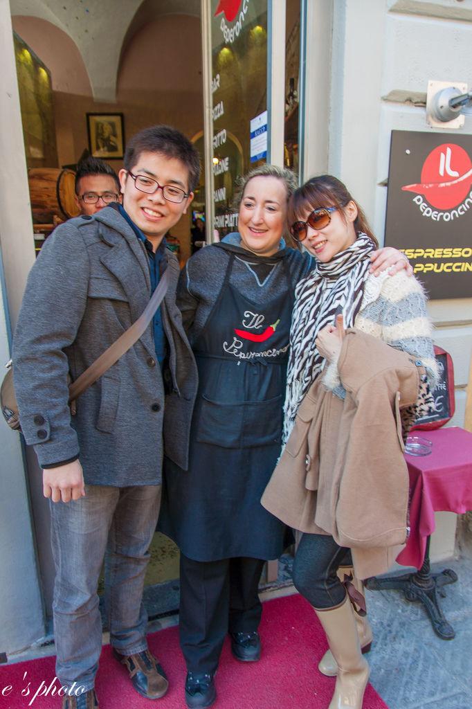 『蜜月旅行』加利利 義大利11日 比薩(Pisa)午餐 Il Peperoncino →OUTLET(The Mall)