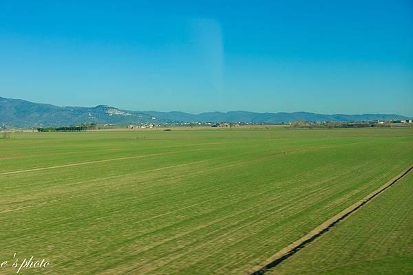 『蜜月旅行』加利利 義大利11日 佛羅倫斯(Firenze)搭乘歐洲之星前往拿坡里(Napoli)轉車蘇連多(Sorrento)