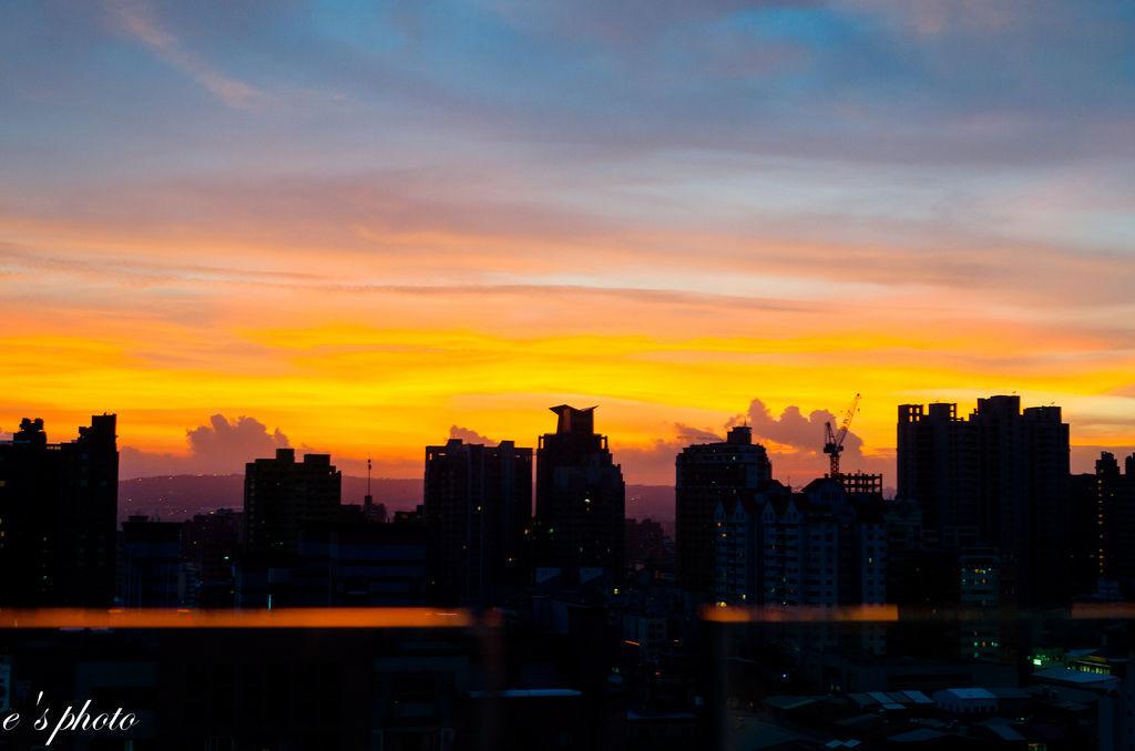 『大自然之美』台中 天枰颱風 離開後 火燒雲