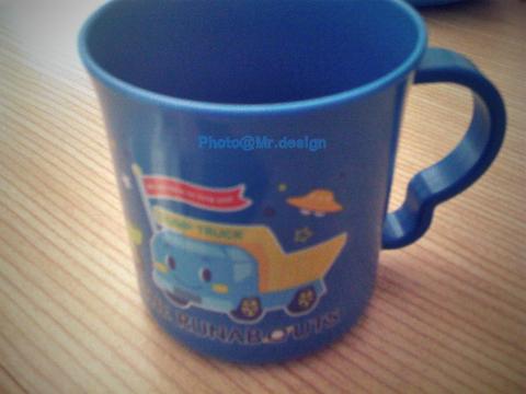 Todd的新水杯02.jpg