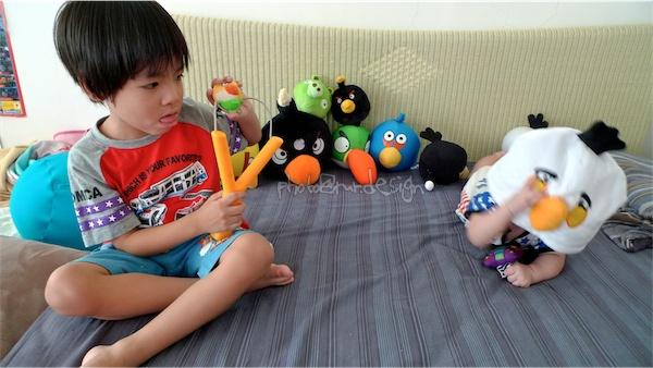 驚爆遊戲畫面外洩:最新版小baby憤怒鳥[Todd & Thor 兄弟倆]-05.jpg