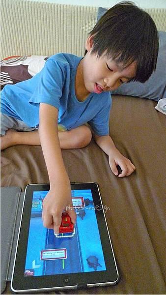 Todd朝思暮想的ipad用cars麥坤~Disney AppMATes-11