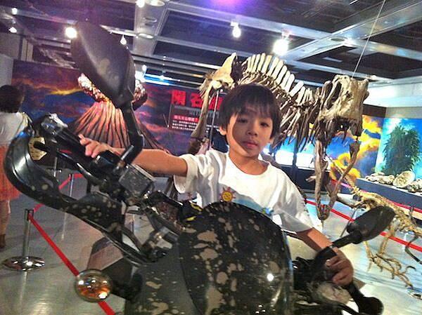 Todd & Thor兄弟倆的侏羅紀公園歷險記-07