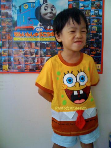 Todd的新衣服~SpongeBob海綿寶寶短袖衣服06-M30.jpg
