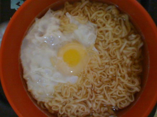 日清雞蛋麵03