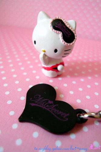 Hello Kitty Peach John 超限定轉蛋d.jpg