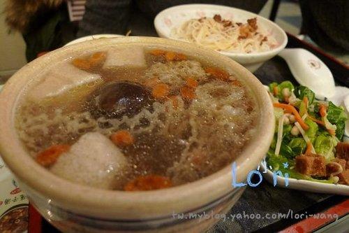 04-陳記涼茶本鋪-竹笙鮮菇煲雞.jpg