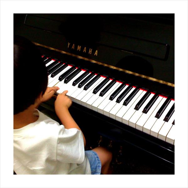 天才迷你鋼琴手~ Todd05