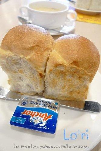 05-麵包.jpg