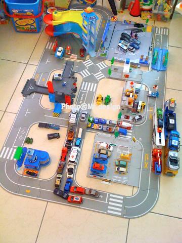 SimCity~tomica城的城主Todd07.jpg