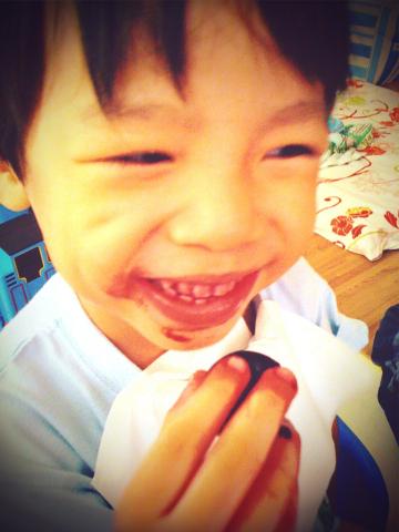 吸血鬼Todd的血盆大口~櫻桃...好吃02.jpg