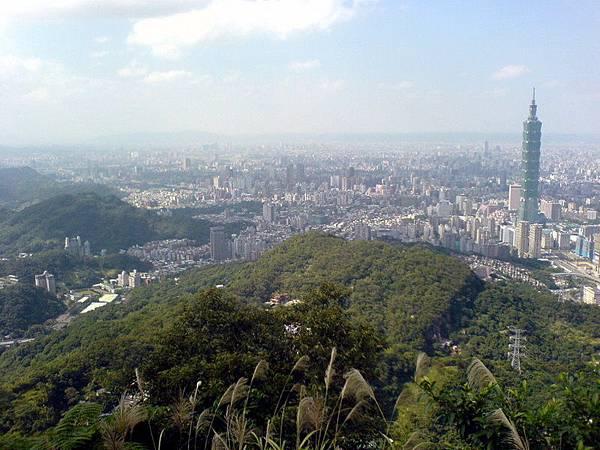 九五峰山看台北市