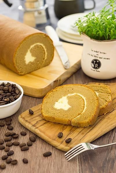 咖啡燕麥豆漿蛋糕捲02.jpg