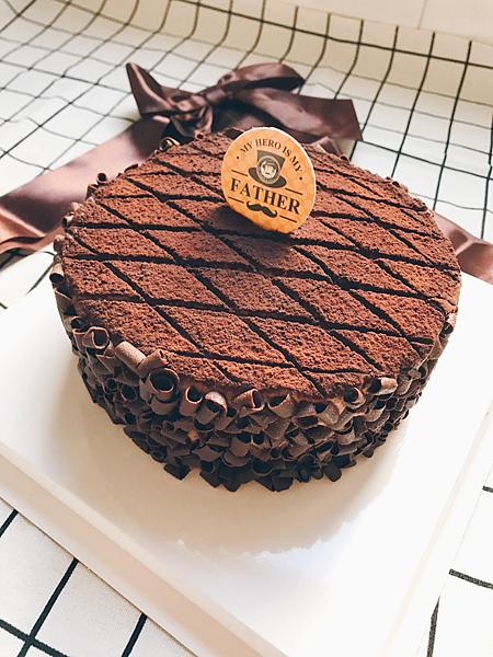 IG-_yumii_foodd_父親節蛋糕_香蕉優格巧克力蛋糕-01.png