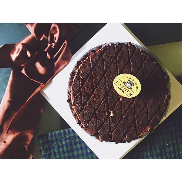 IG-dawnnahi_父親節蛋糕_香蕉優格巧克力蛋糕-01.JPG