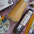 IG_eatingfun55_芝麻燕麥豆漿蛋糕捲+馬可先生喝好茶01.jpg