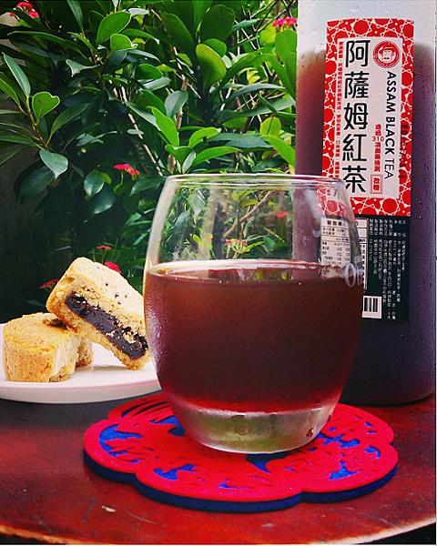 IG-wu_big_big_中秋雜糧月餅+馬可先生喝好茶-01.png