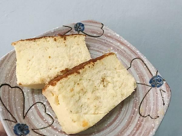 IG-kaohsiung_foodie_emilie-帕瑪森鹹乳酪起士蛋糕-02.jpg