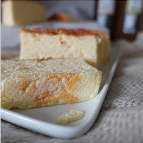 IG_huang.ping_-帕瑪森鹹乳酪起士蛋糕-01 (2).jpg