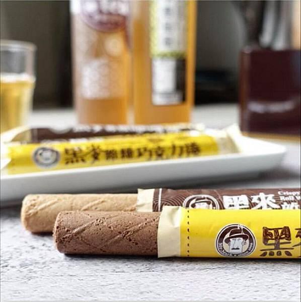 IG_huang.ping_-黑麥雜糧捲禮盒伴手禮(咖啡口味-巧克力口味)+馬可先生台灣好茶系列-紫錐菊茶+四季春烏龍-01.jpg
