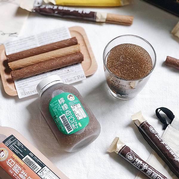 IG_pinky2823-黑麥雜糧捲禮盒伴手禮(咖啡口味-巧克力口味)+馬可先生台灣好茶系列-檸檬奇亞籽+伯爵鮮奶茶-04.jpg