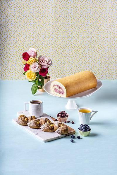 【新品上市】馬可先生-裸麥野莓雜糧麵包- (2).jpg