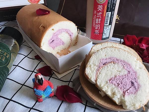 IG-kaohsiung_foodie_emilie-玫瑰天使麥豆漿蛋糕捲-01.jpg