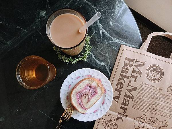 IG-coffee_food-玫瑰天使麥豆漿蛋糕捲+台灣好茶-伯爵鮮奶茶+四季春烏龍 (3).jpeg