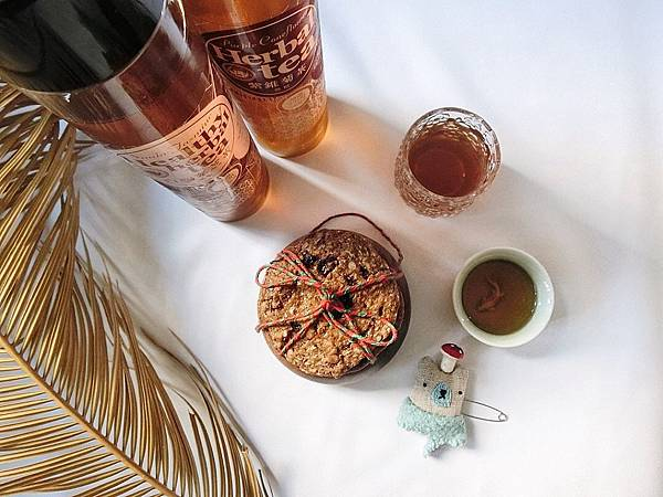 IG_coffee_food-雜糧手工燕麥餅乾禮盒伴手禮+馬可先生頂級茗茶系列-紫錐菊茶+白鶴靈芝茶-03.jpeg