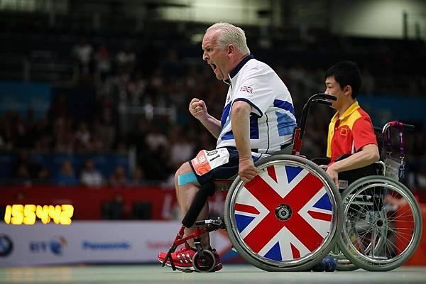 英國 Nigel Murray 在個人地板滾球決賽中得分
