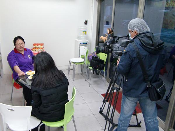 公共電視採訪「北歐先生庇護工場」側拍-06